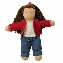 Muñeca Molly de Hoppa, que sigue la pedagogía Waldorf.